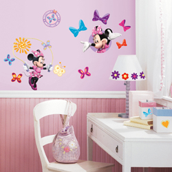 MICKEY AND FRIENDS MINNIE BOUTIQUE WALL DECAL IN BLISTER PACK