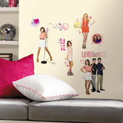VIOLETTA PLASTIC WALL DECAL IN BLISTER PACK